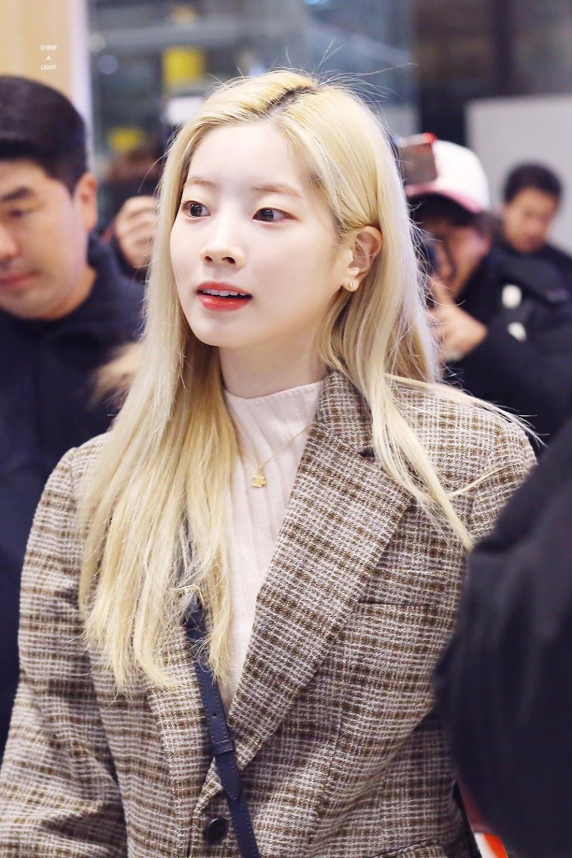 blondehairranking_dahyun1