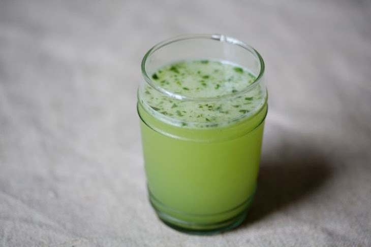 Basil-Vodka Gimlet Recipe