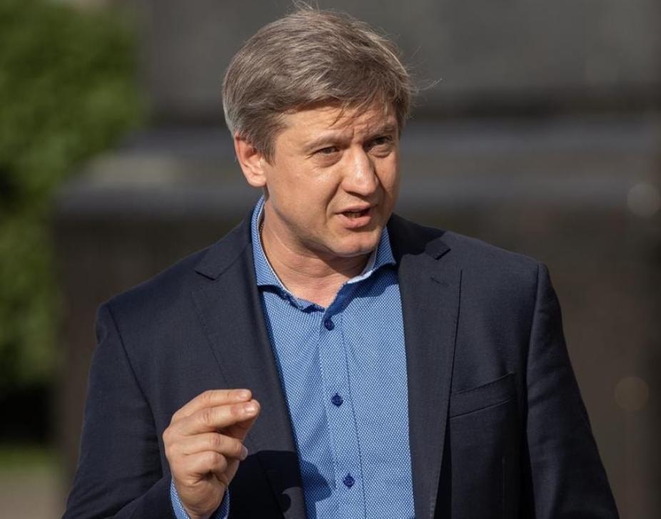 Олександр Данилюк: Зеленський демонструє, що йде боротьба з Коломойським, але я взагалі в це не вірю