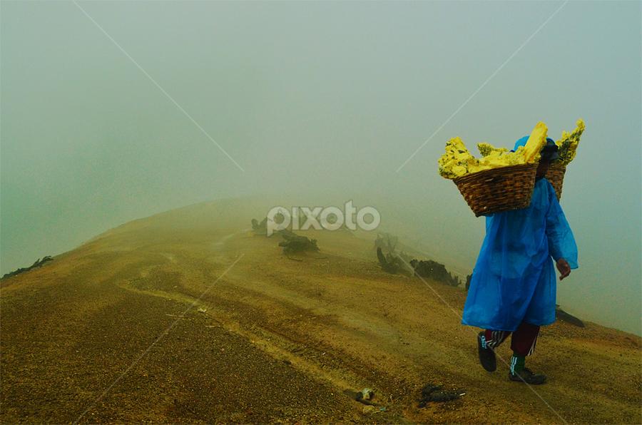 Ijen Worker by Kevin Liwang - People Fine Art ( banyuwangi, mount raung, indonesia, east java, ijen crater )
