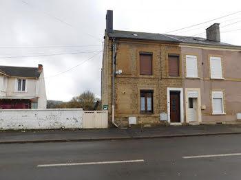 maison à Vivier-au-Court (08)
