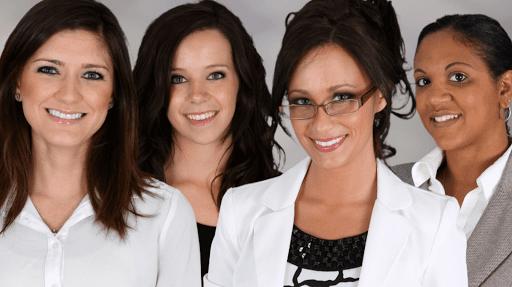 Franchise un groupe de femmes entrerepreneures