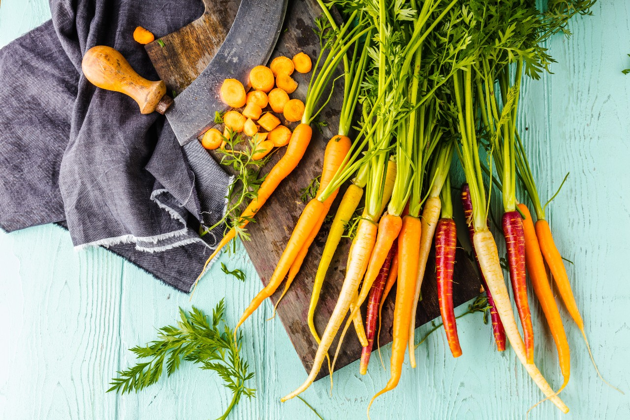 carrot seeds: different types of carrots on the table