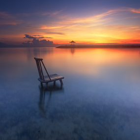 by I Komang Windu - Landscapes Beaches ( clouds, canon, color, beach, sunrise, light, photography )