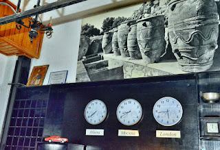 Photo: Время в отеле Калипсо