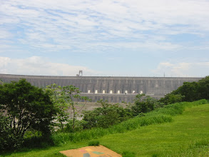 Photo: The main concrete dam in the Itaipu complex has 20 generators (this is Paraguay's half)