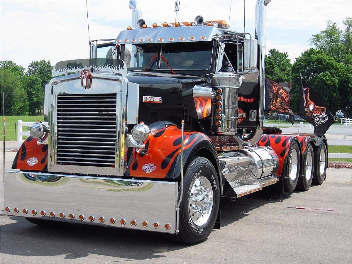 Kenworth W900L Straight Cowl truck