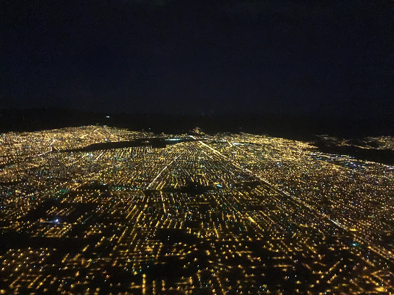 ラパス 夜景