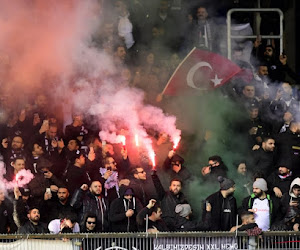 Onvoorziene omstandigheden in Genk: politie liet extra Turkse fans binnen om problemen rond de Luminus Arena te vermijden