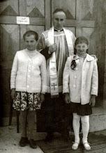 Photo: Od prawej strony : Zofia Bukowska , ks.Czesław Jurczyk , NN.