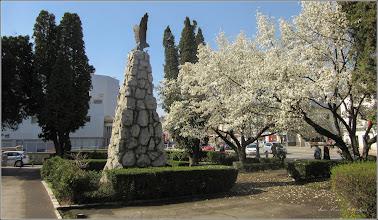 Photo: Turda - Piata Republicii la intersectie cu Piata 1 Decembrie 1918 - Monumentul Aviatorilor - 2018.04.12