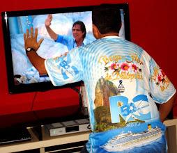 Photo: Eu cumprimentando o Rei pela TV (rsrsrs).