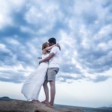 Wedding photographer Vika Tolmacheva (Viko). Photo of 03.06.2014