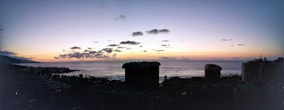 Photo: anochece en Puerto de la Cruz