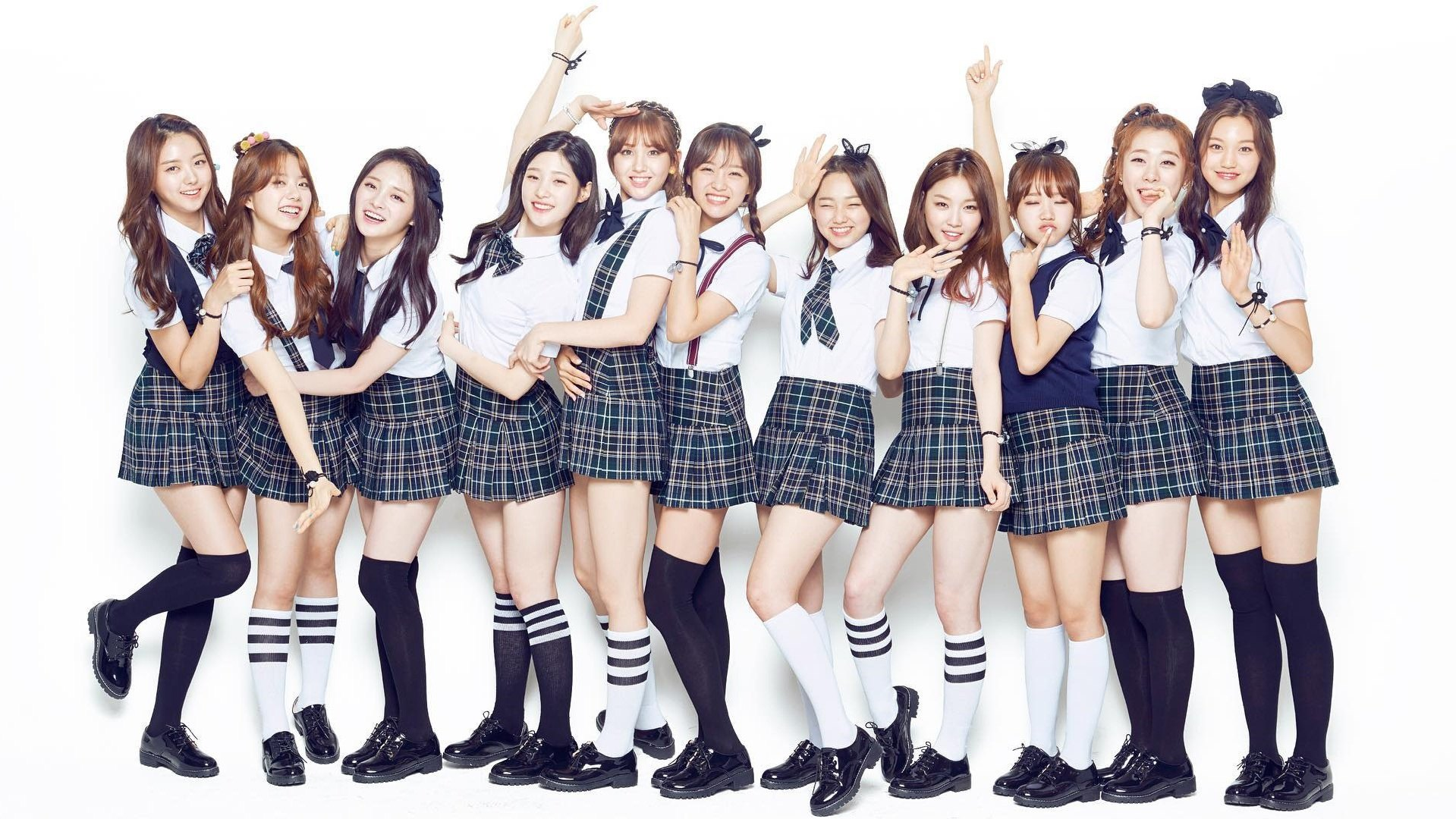 I.O.I Group Photo