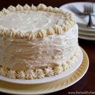 """Vanilla Vegan Birthday Cake with """"Buttercream"""" Icing."""