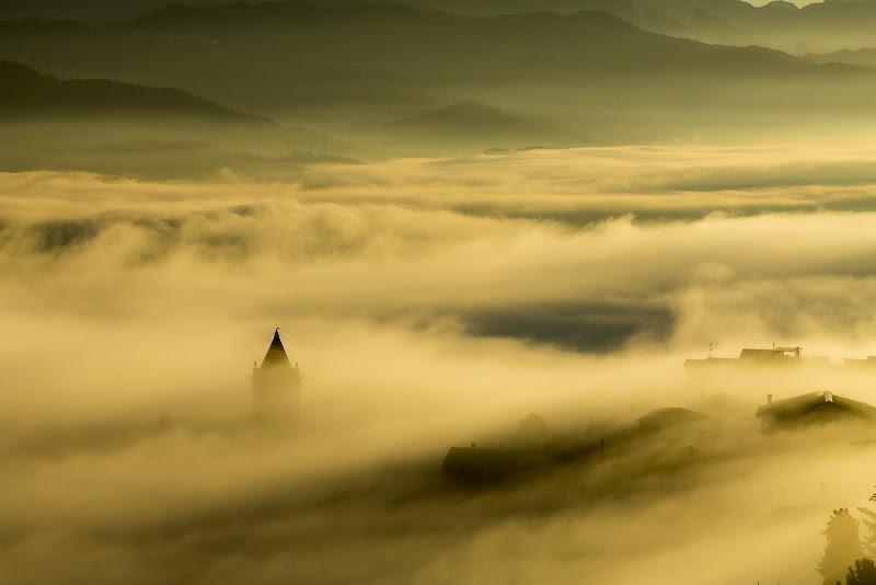 Un fiume di nebbia di mirella_cozzani