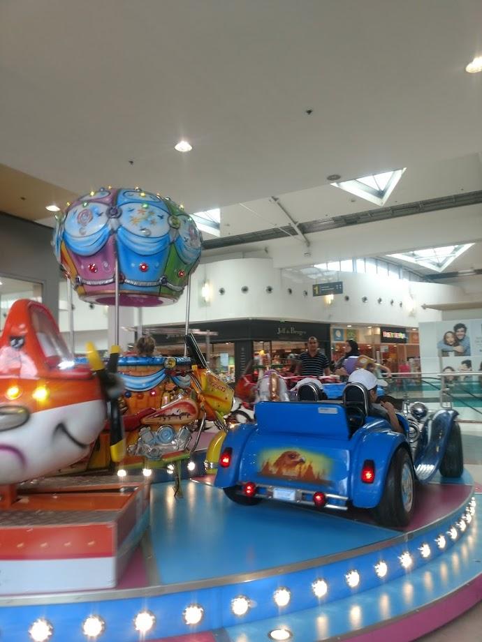 Foto Centre Commercial Côté Seine 16