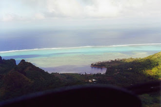 Photo: #012-Survol de Moorea