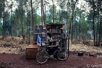"Photo: Musha (Rwanda) - La ""boutique"" / The ""boutique"""