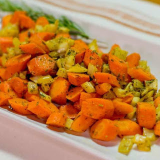 Roasted Carrots with Rosemary and Fennel