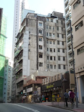 Photo: 堅信大廈 on 堅道Cane Rd. is to be demolished