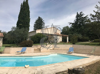 villa à Saint-Paul-Trois-Châteaux (26)