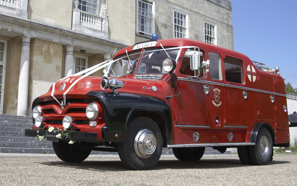 Ford Fire Rescue Limo Hire Basingstoke Newbury Winchester