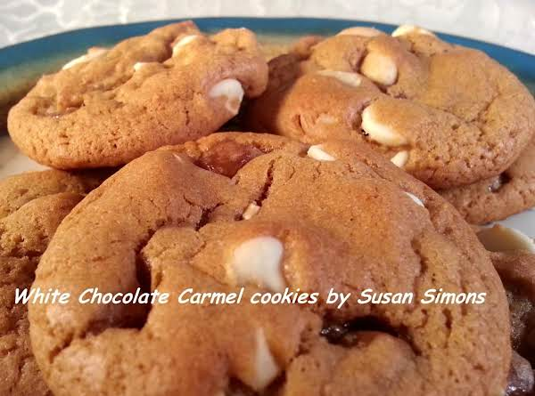White Chocolate And Caramel Cookies Recipe