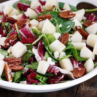 Autumn Salad with Pears and Gorgonzola.