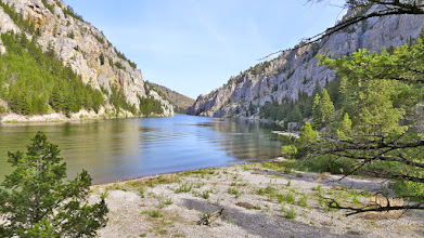 Photo: Mouth of Meriwether Canyon on the Missouri River