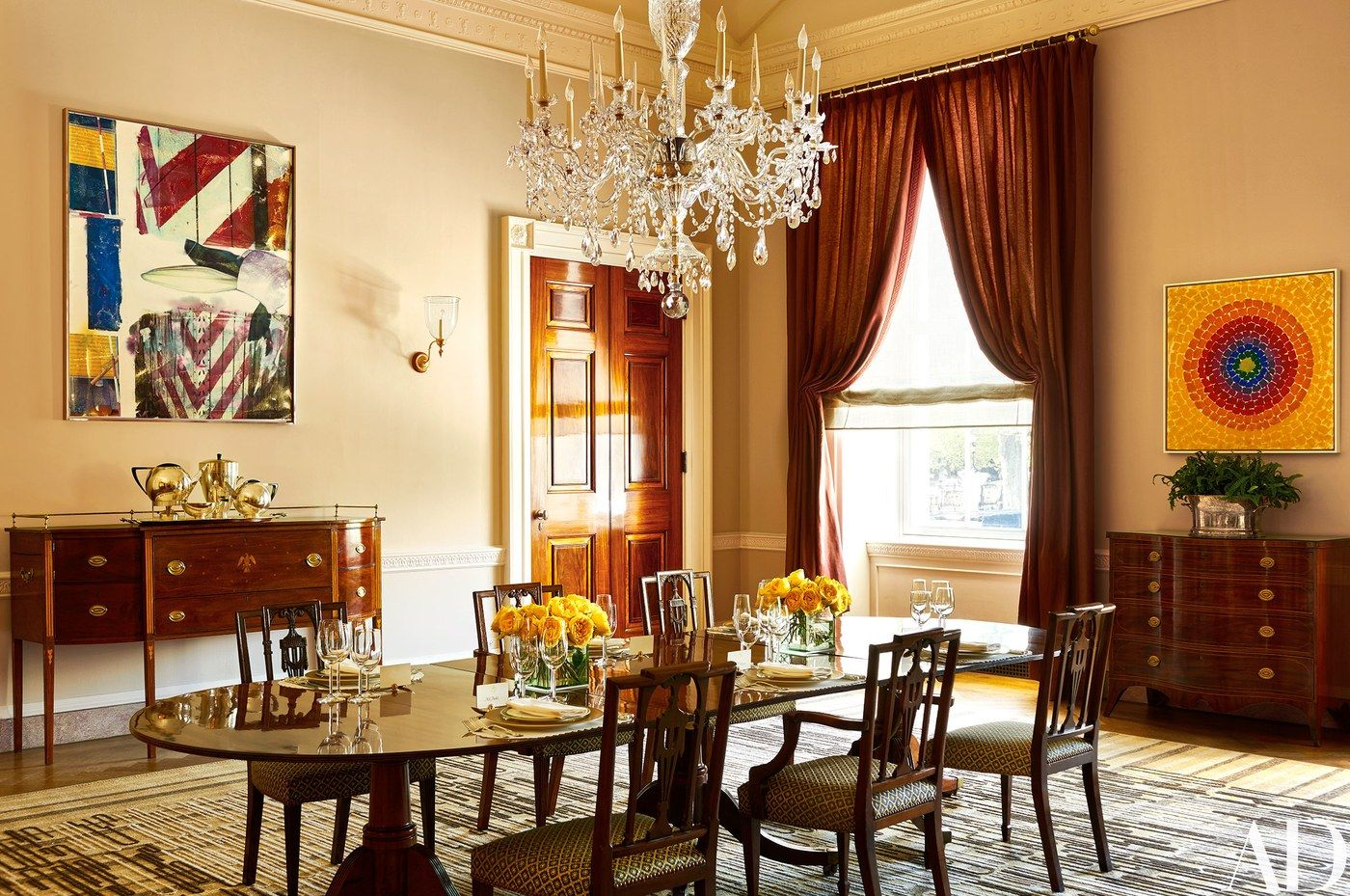 Pretty Dining Room Wallpaper