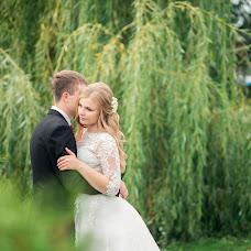 Wedding photographer Yuliya Sveshnikova (Juls93). Photo of 10.12.2016