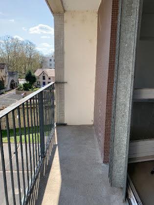 Location appartement 3 pièces 73,65 m2