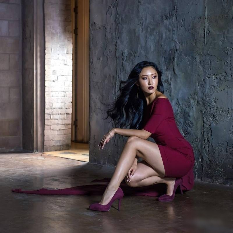 fans go nuts over mamamoo s hwasa s new photoshoot koreaboo