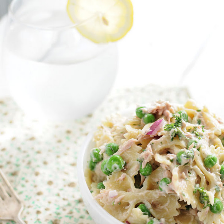 Creamy Spring Tuna and Sweet Pea Pasta Salad