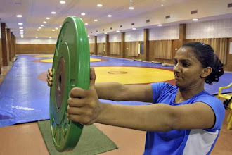 Photo: Olympics: Wrestler Geeta Phogat bows out of the London Games http://t.in.com/9qX0