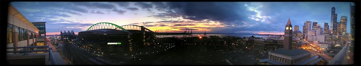Photo: Seattle Sunset on the HTC Sensation