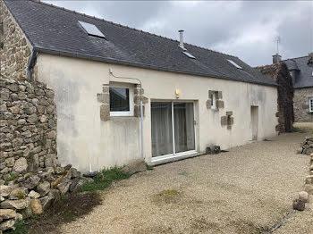 maison à Saint-Pol-de-Léon (29)