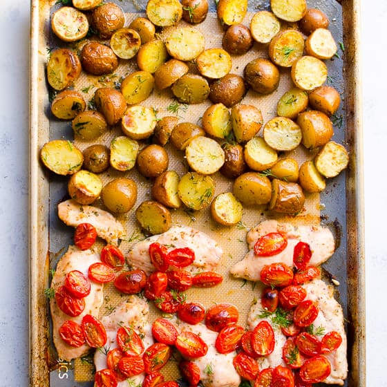 One Pan Chicken and Potatoes Recipe