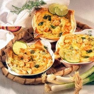 Mini-Quiche mit Sauerkraut und Shrimps