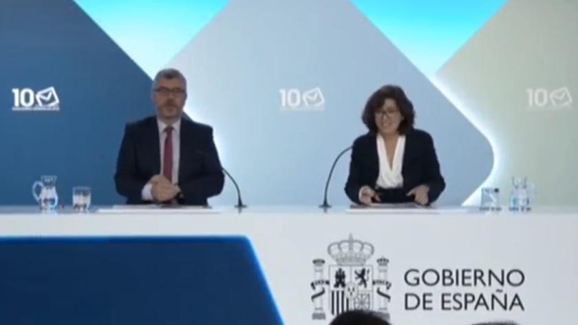 Miguel Angel Oliver e Isabel Goicoechea durante la rueda de prensa.