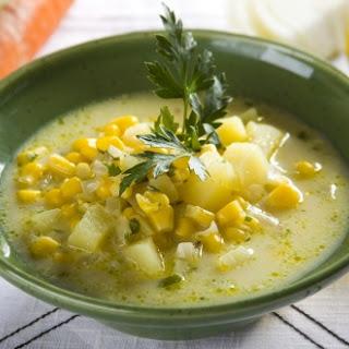 Kartoffelsuppe mit Mais
