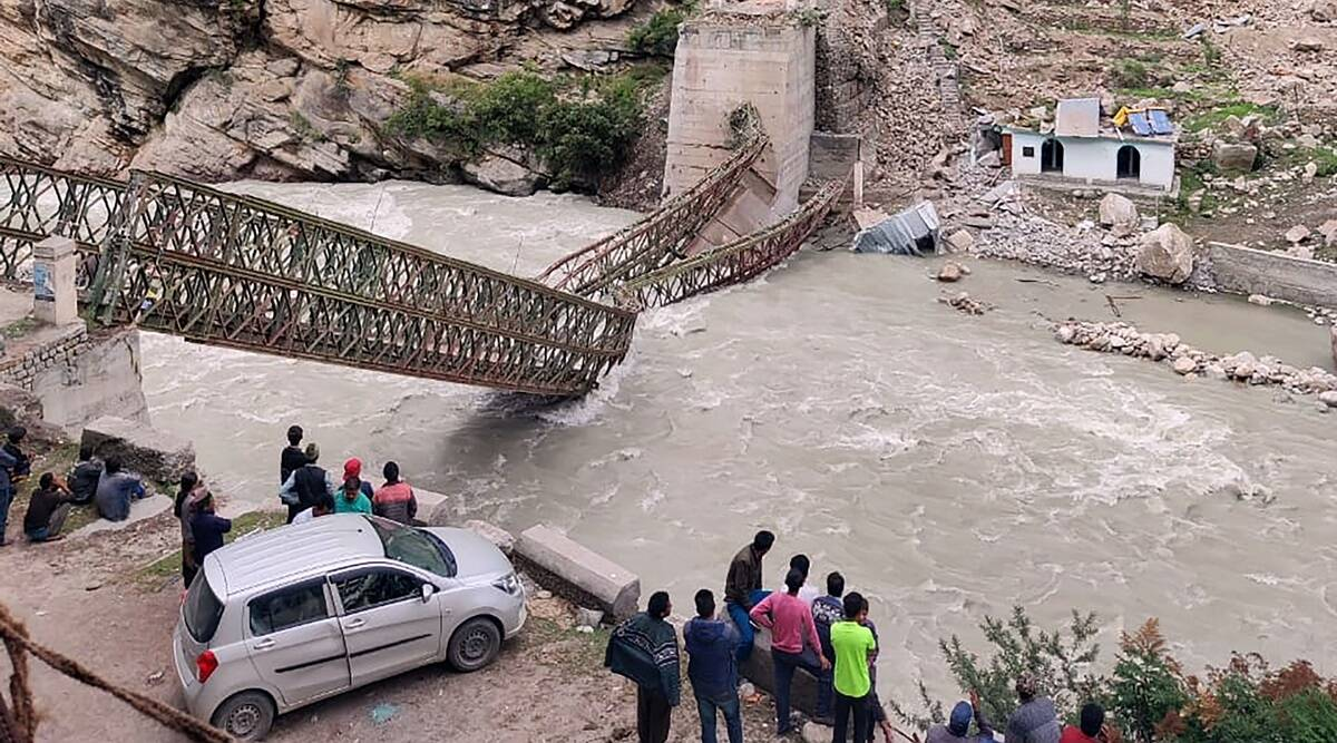 Nine killed after boulder crashes into tourist vehicle in Kinnaur | India  News,The Indian Express