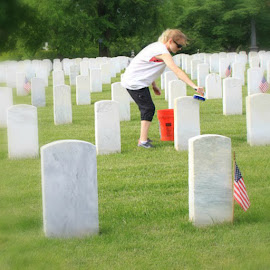 Serving our Heroes by Nora Pritchett - Public Holidays July 4th ( flag, veterans day, memorial day, service, grave,  )