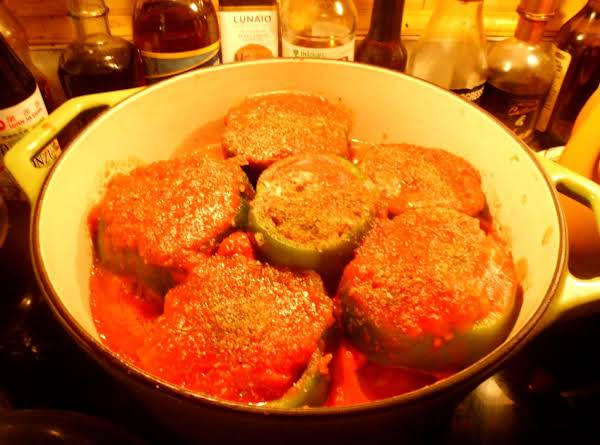 recipe: stove top stuffed peppers in tomato sauce [35]