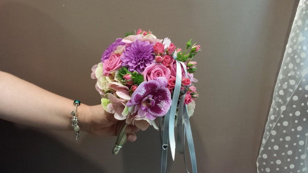Fiori Bagnoli Irpino : Fiorista di fiducia fiorisa l angolo dei fiori
