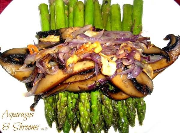 Asparagus And Shrooms