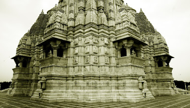 Photo: Temple 180 degrees view