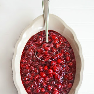 Homemade Spiced Cranberry Sauce with Zinfandel